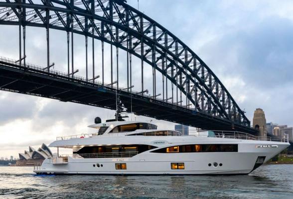 103ft-yacht1