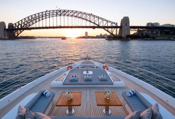 103ft-yacht3