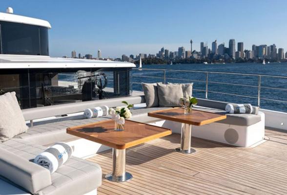103ft-yacht4